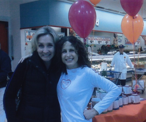 Jill Brack with Rhonda Sherwood at the launch of Glow at Shoprite 12/11/08
